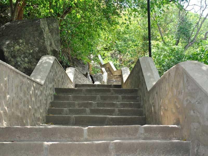 Viele Treppen führten nach oben.