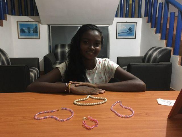 Die Kettensammlung unserer Künstlerin Nandika
