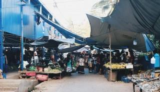 Der Wochenmarkt in Marawila