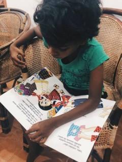 Madushani und ihr Buch
