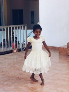 Auch Sandali zeigt uns ihr Können.